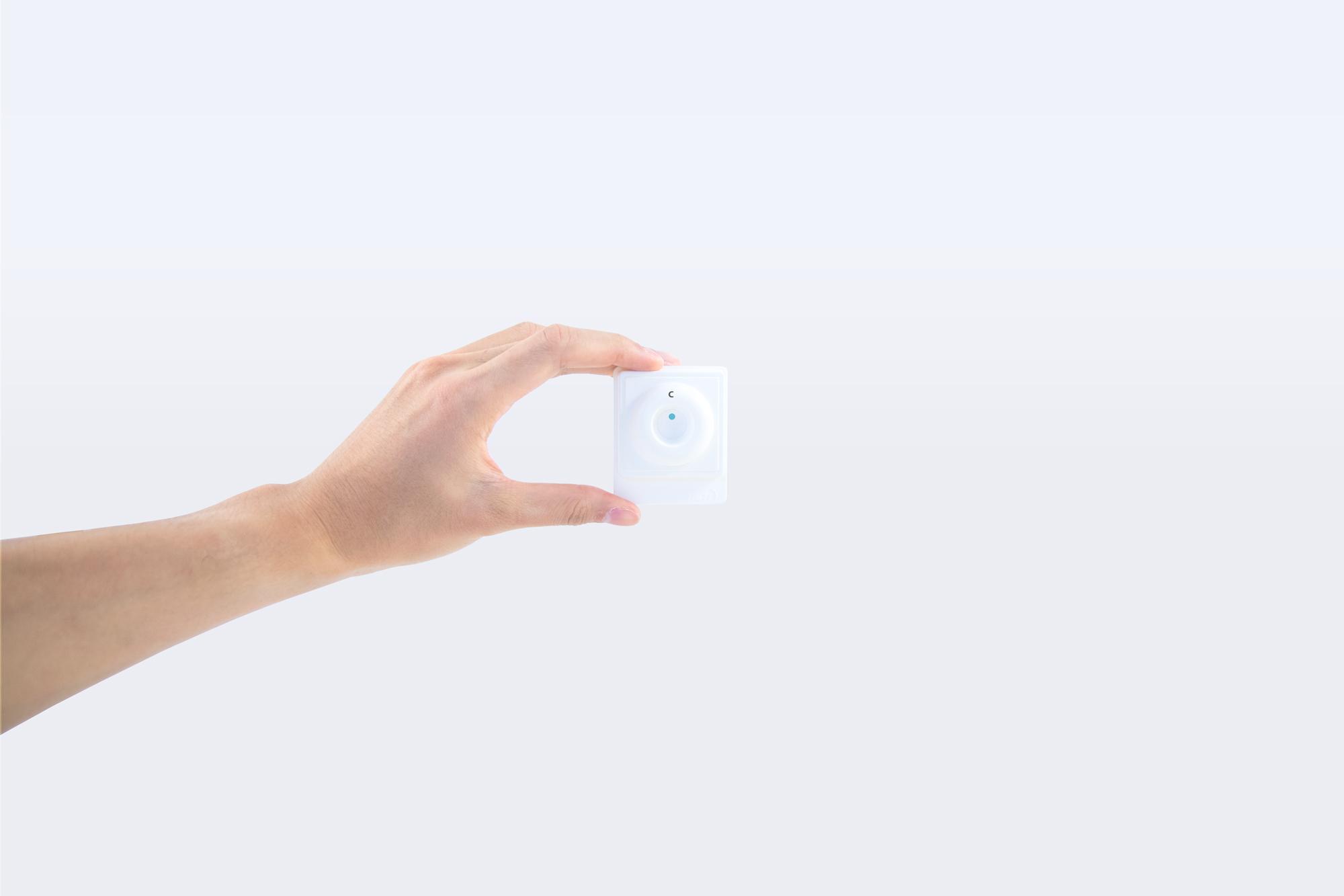 hand-on-membrane-unit